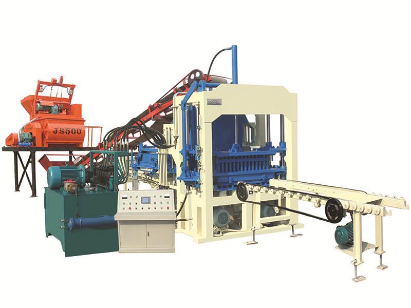 QT4-15C interlocking tiles machine